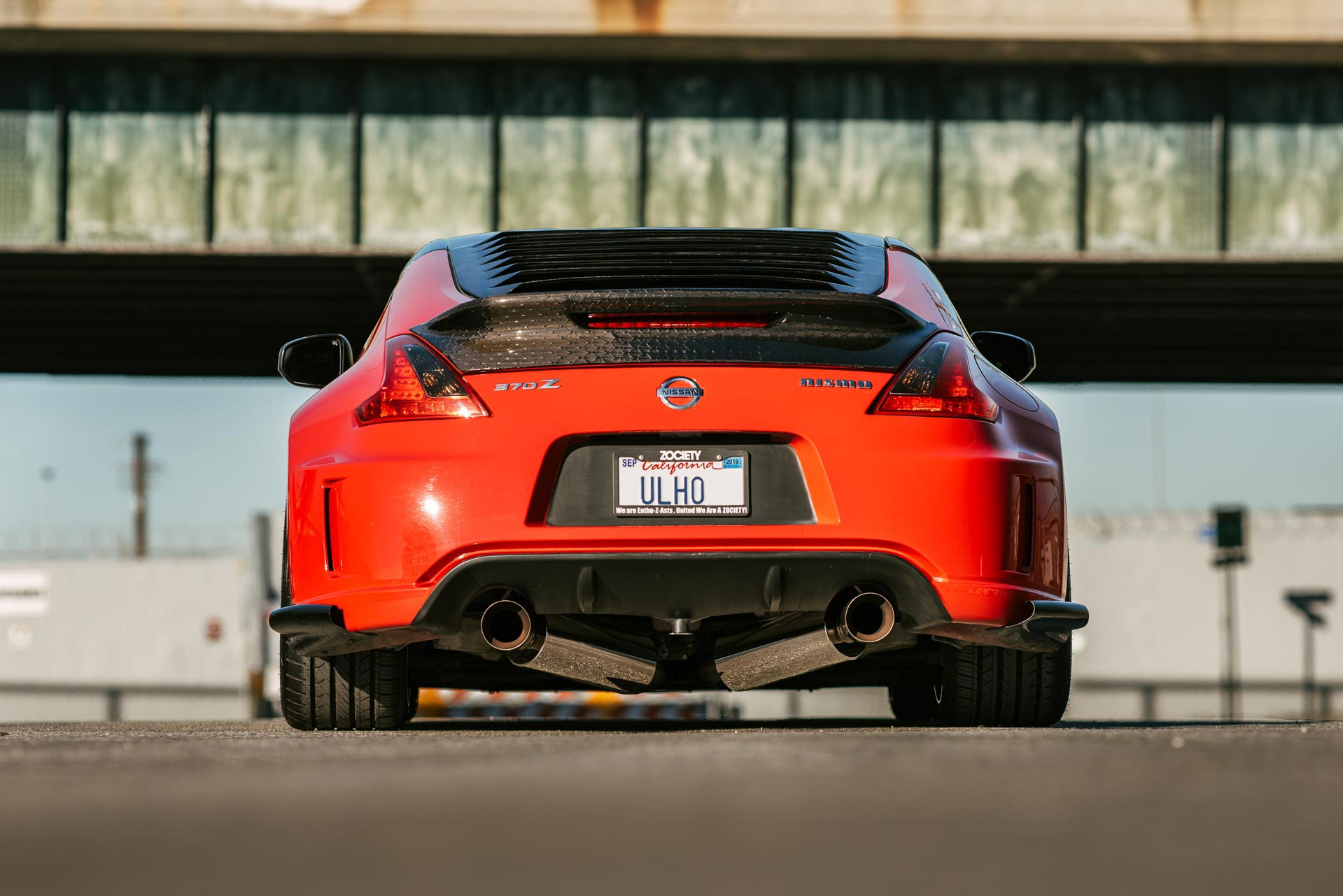 Nissan 370Z with ultra-high performance UHP tires