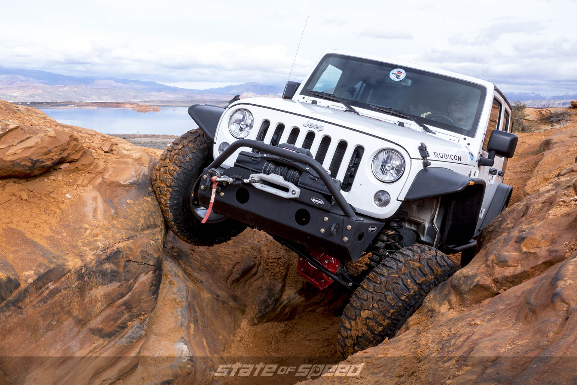 Rock crawling jeep with a straight axle